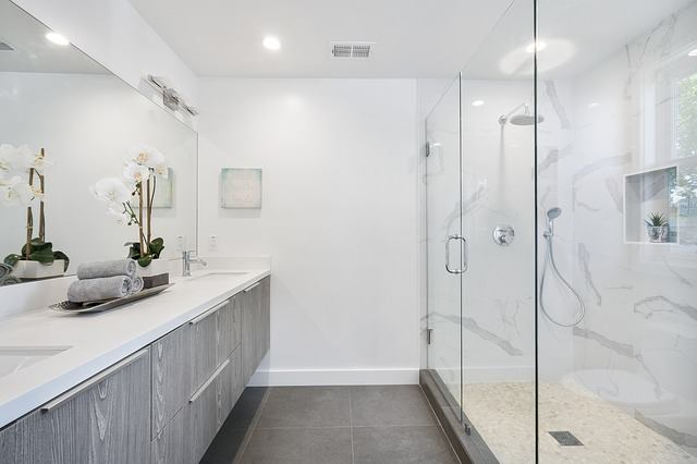 led bathroom light review
