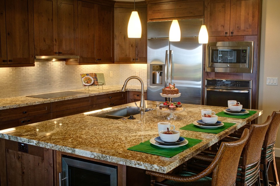 under cabinet lighting installation tips